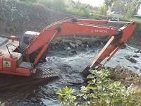 گزارش تصویری از: آغاز عملیات اجرایی لایروبی رودخانه های زرجوب و گوهر رود